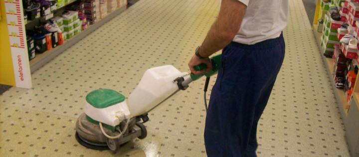 Generální čištění a voskování podlahy v Praze